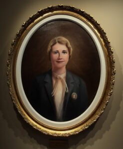 Boston portrait artist Sonia Hale painted portrait of Pearle Crawford, a formal portrait painting